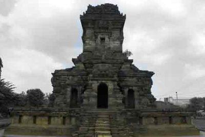 Corak Candi Jawa Timur