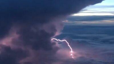 awan kumulonimbus